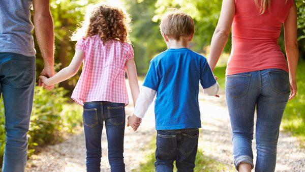 Забываем детские обиды — советы психологов