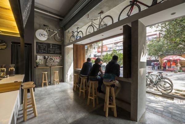 dizayn nebolshogo kafe distrito fijo v polshe 021