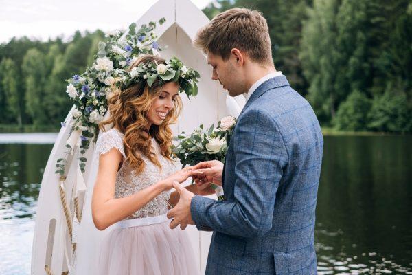 Картинки по запросу 3 Знака Зодиака, которые выйдут замуж в 2019 году
