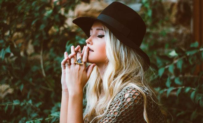 Картинки по запросу Какие женщины по знаку Зодиака чаще всего остаются одинокими