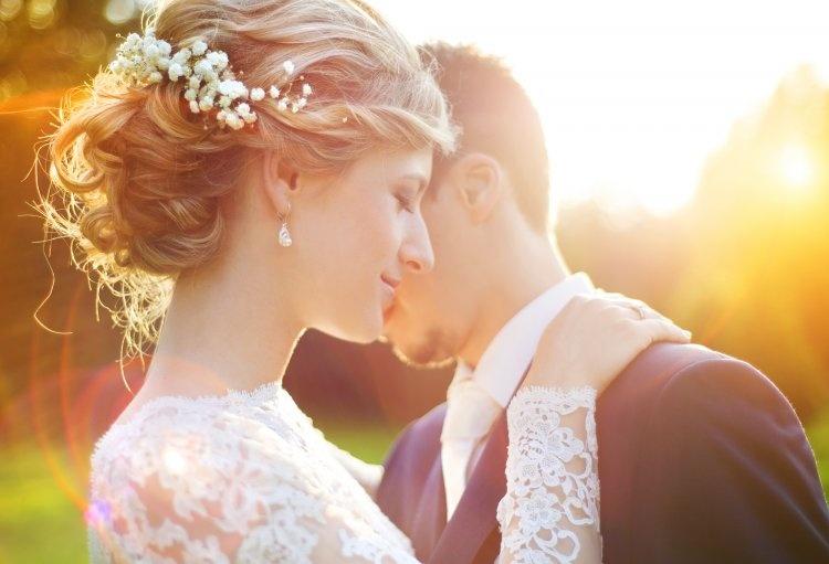 Картинки по запросу Как дата вашей свадьбы может влиять на ваш брак