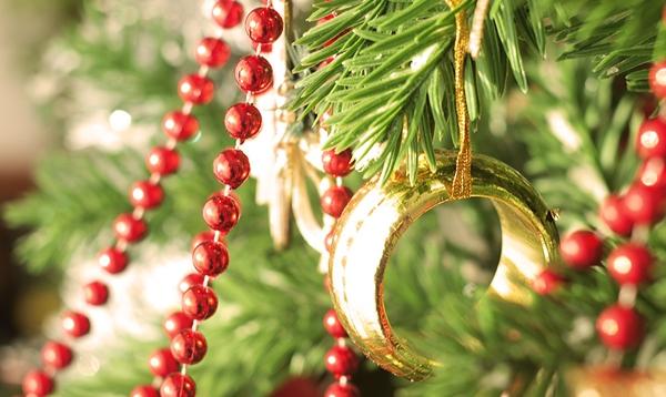 Картинки по запросу Новогодние обряды на привлечение богатства и любви