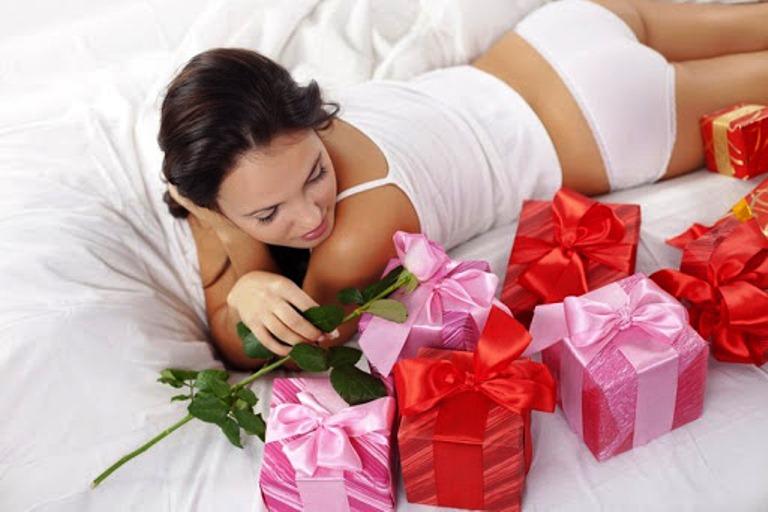 """Картинки по запросу """"Идеи подарков на 8 марта: что подарить на женский день"""""""""""