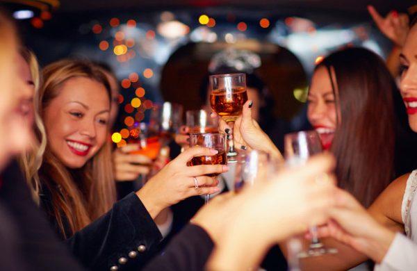 Как знаки зодиака ведут себя на вечеринках — Рамблер/женский