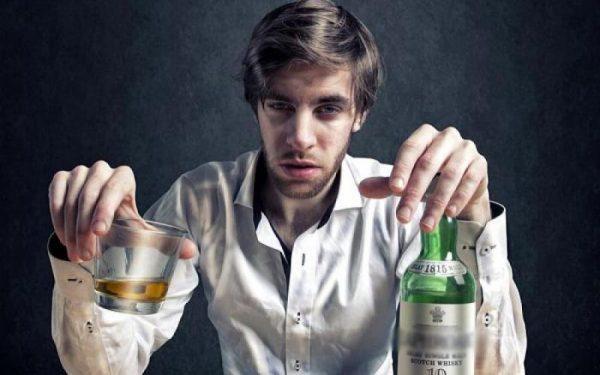 Узнаете себя? Эти четыре типа людей становятся алкоголиками - ЗНАЙ ЮА
