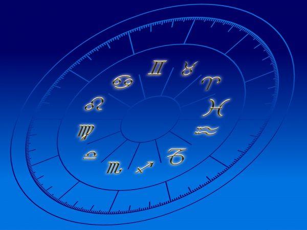 Астролог рассказал, представителей каких знаков Зодиака не ...