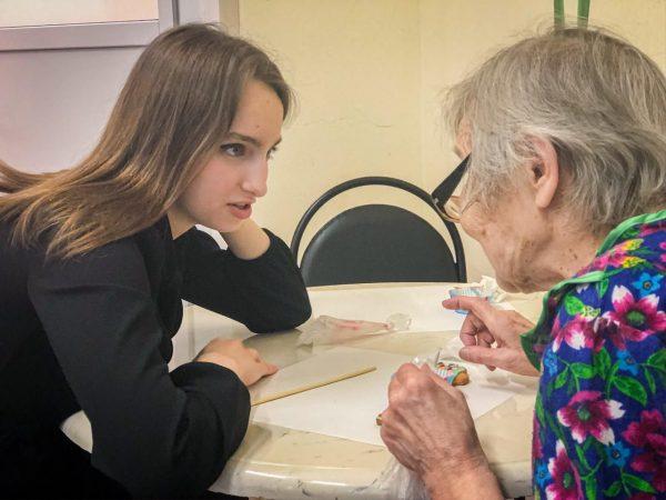 Одинокие старики по-прежнему ждут волонтёров – Юрий Белановский – Блог – Сноб