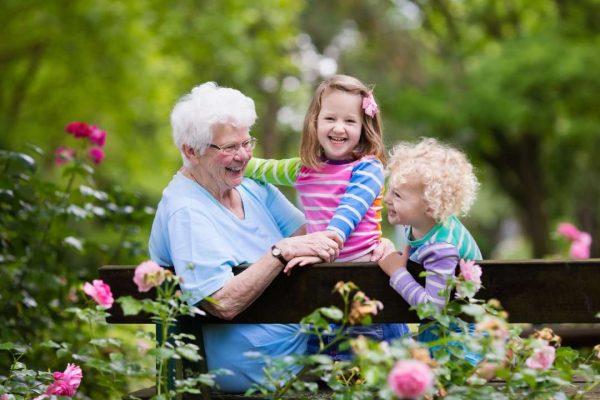 Бабушки и внуки: баловать или заботиться? - Телеканал «О!»