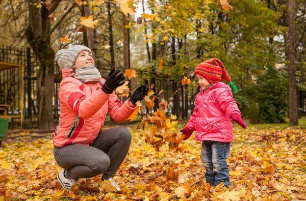 Дети Девушки Листья - Бесплатное фото на Pixabay