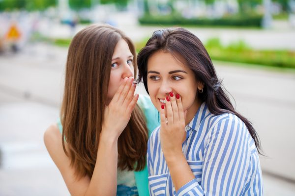 """16 признаков токсичной подруги, от дружбы с которой один только вред - «Семейные отношения» » Я """"Женщина"""" - Я """"Всё могу""""."""