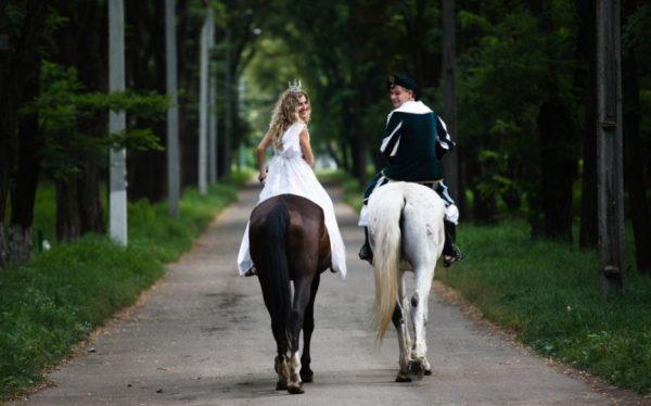 Принц на белом коне: с какими иллюзиями в отношениях стоит сразу распрощаться